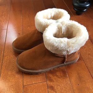 Shoes - NWT Fur Boots